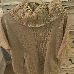 Small sweater White House Black Market
